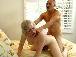 Transsexual Babysitters 28 pat.3