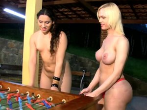 Tranny babes play a game all nude and have foursome sex