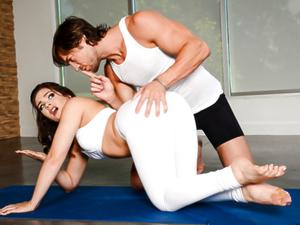Yoga Freaks: Episode Six
