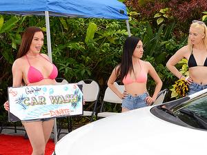 Mama's Car Wash