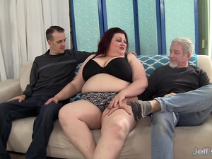 Cute Plumper Is Double Teamed by Two Big Cocks