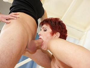 This horny mature slut gets a warm surprise