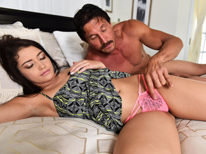 Team Skeet – Avi On The Spot