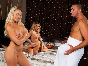 Brazzers - Our Horny Lesbian Housemates