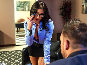 Brazzers – A Run For His Money