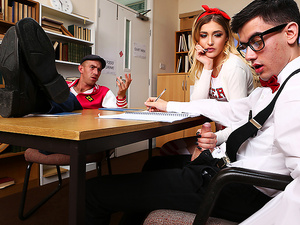 Brazzers – Squirtin' On A Nerd