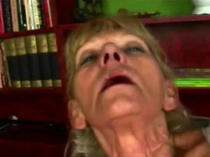 Veteran bitch still loves delicious cock inside her pussy