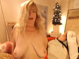 Wild Blonde Mature With Big Saggy Tits Enjoys Both Holes Fuck