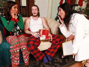 Moms Bang Teens – Christmas Surprise