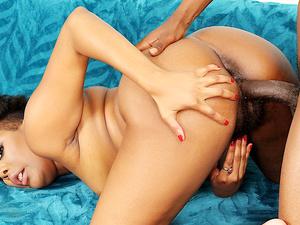 Hairy Bushed Black Slut Brandie Braxxton Fucks a Dude with a Big Dick
