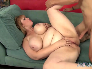 Steamy BBW Amazon Darjeeling Sucks on a Cock Before Taking It in Her Twat