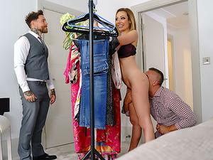Dressing Room Poon