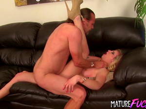 Gorgeous Teen Babe Sami St Clair Shows Step Daddy Some Love