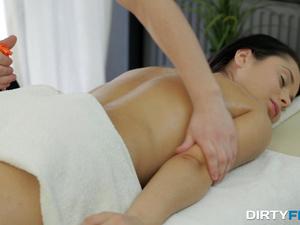 Dirty Flix - Kristall Rush - Her little erotic secret
