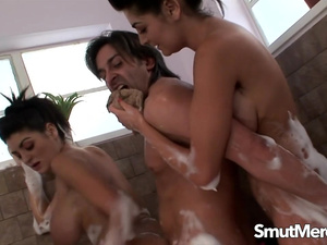 Hot Massage Turns into Bathtub Threesome with Big Tits Twins Kit n Kat Lee