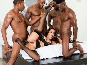 Lisa Ann's Interracial DP BBC Gangbang