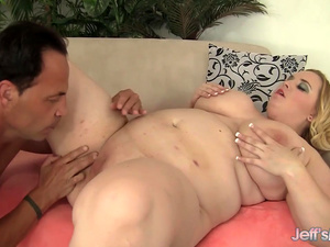 Plump Tits Fat Babe Nikky Wilder Spreads Her Legs for a Long Cock
