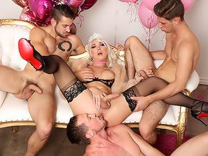 TS Aubrey's Anal Birthday Foursome