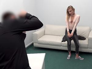 Cute blonde loves hardcore casting