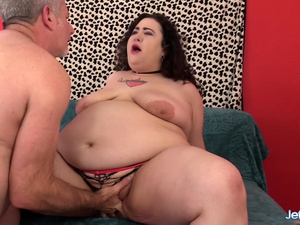 Plumper Slut Moon Baby Has Her Asshole Stretched by an Old Guy