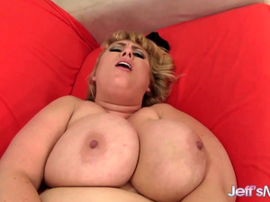 Gorgeous Fat Babe Amazon Darjeeling Gets Pounded Hard by a Skinny Guy