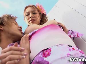 JAVHUB Japanese babe Tanabata pleasing a hard cock