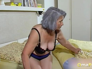 OmaPasS Amateur Grandmas Toying Hairy Pussies
