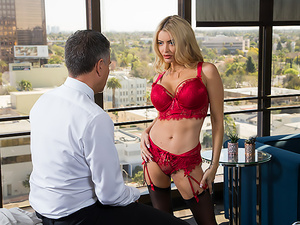 Linzee Ryder pulls all the strings and gives the boss her juicy wet pussy to get more hours
