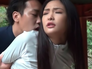 Outdoor pussy licking with seductive Japanese hot MILF