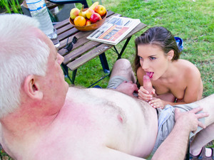 Horny Anita gives memorable blowjob and fuck to an old fart