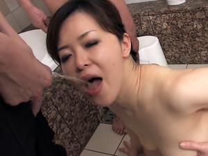 cheating wife sayaka takase scene2