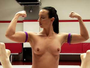 Wenona The Gymnast Take on Amazon Wonder Pink in Erotic Wrestling