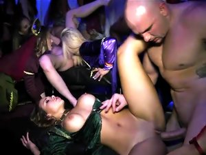 InTheVip - Game of pussy