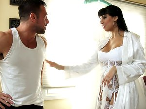 Mercedes Carrera & Johnny Castle in Naughty Weddings
