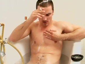 Marek Chainsmokin' In The Tub!