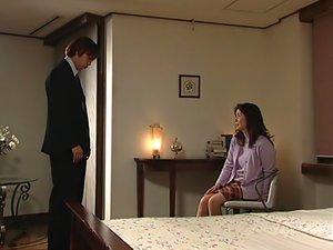 Eiko Hayashibara Sexy Mature Asian Babe Sucks Cock