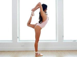 Flexible Ballerina