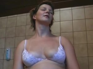 Pregnant amateur girlfriend homemade action