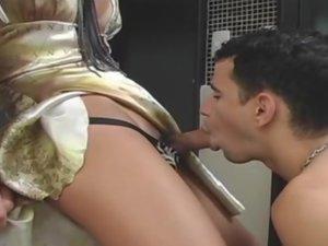 Sasha kinky tranny video
